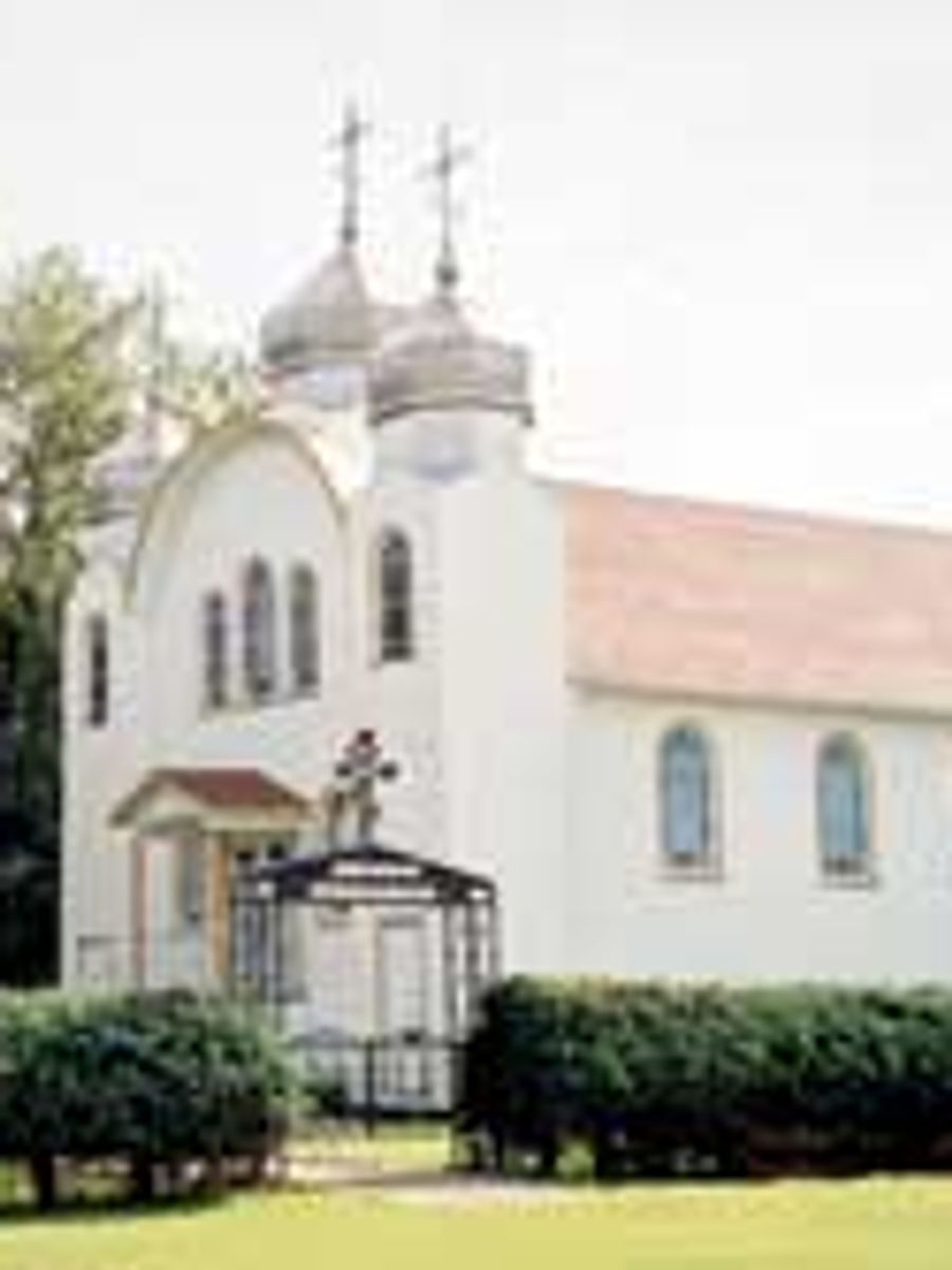 Saint_Demetrius_Ukr_Orthodox_Church_Stenen_SK
