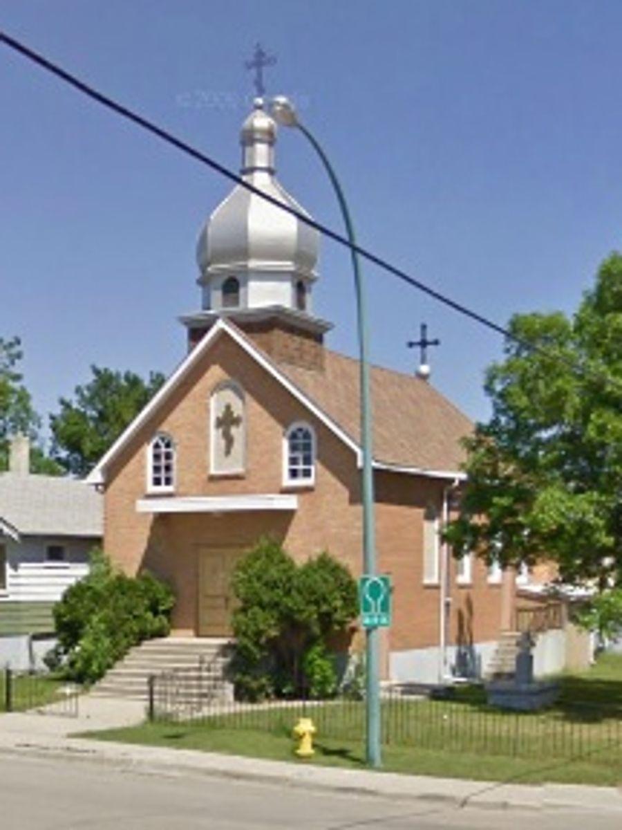 Saint_Michael_Ukr_Orthodox_Church_2075_McDonald_St_Regina_SK